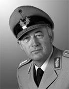 General a.D. Wolfgang Altenburg