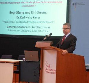 Dr. Karl-Heinz Kamp